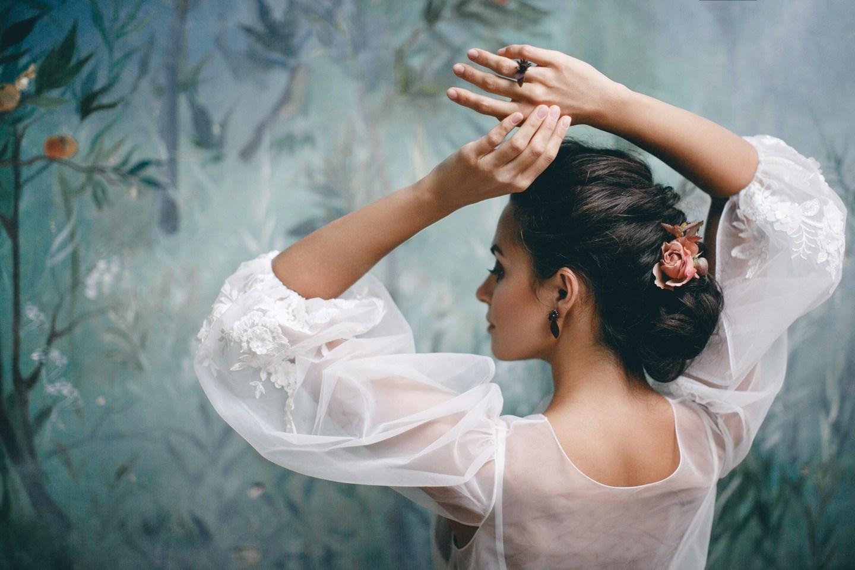 Легкое дыхание: осенняя фантазия о грации, красоте и нежности