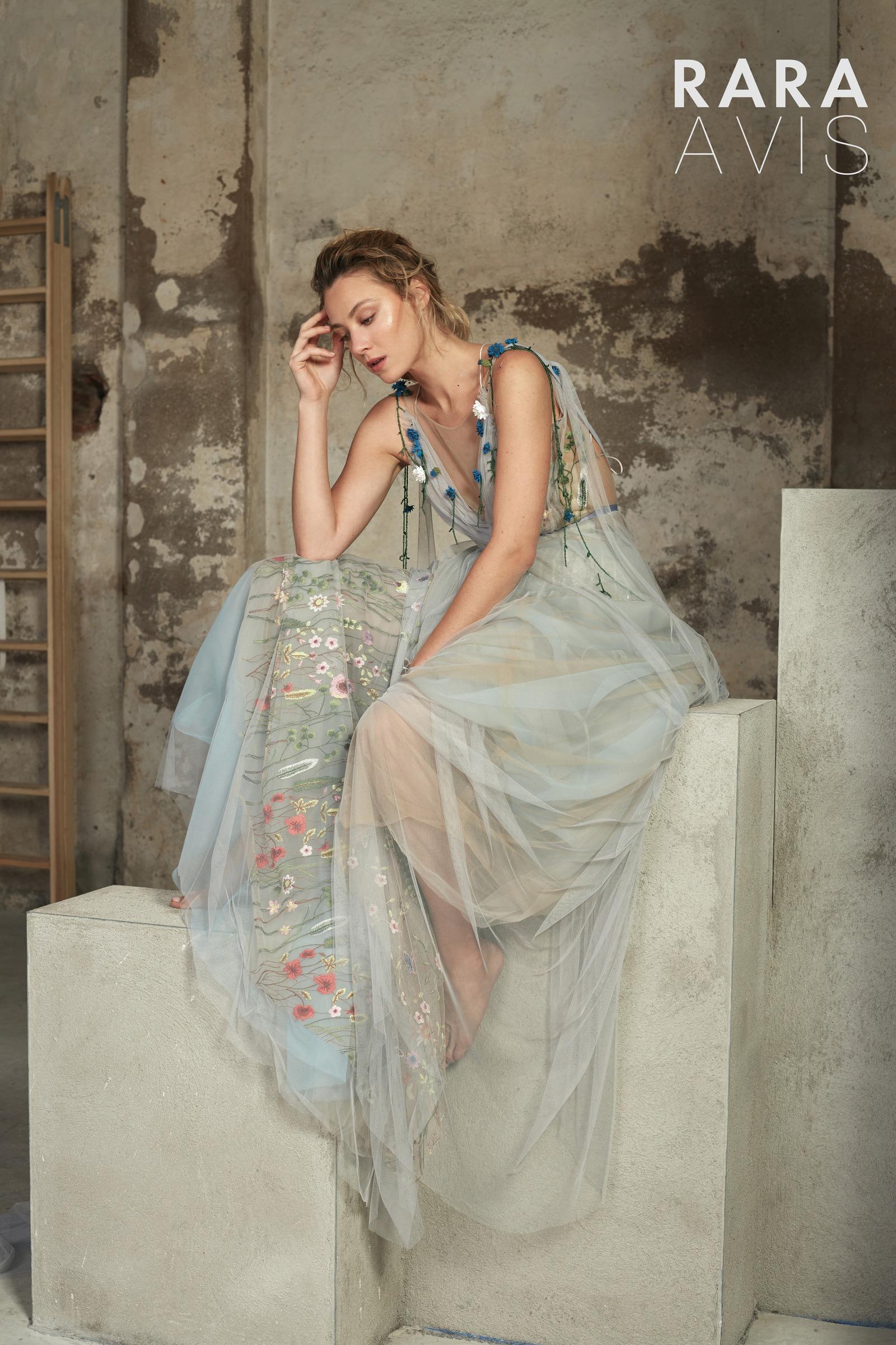 Платья мечты: новая коллекция свадебных платьев RARA AVIS