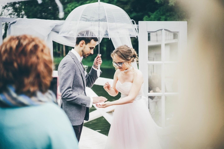 В мире «Гарри Поттера»: свадьба под дождем