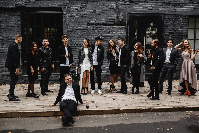 Не по правилам: смелая свадьба в стиле урбан
