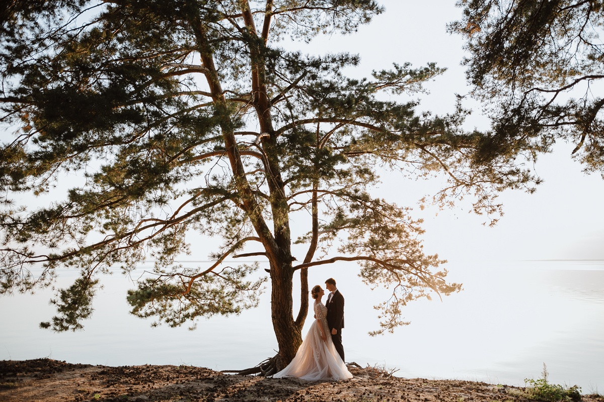 Яркое лето: свадьба в розовой палитре