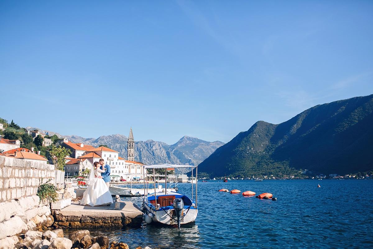 Морской бриз: камерная свадьба в Черногории