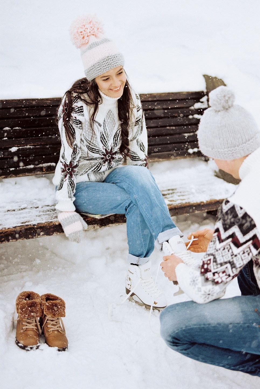 Одним зимним днём: love-story на катке