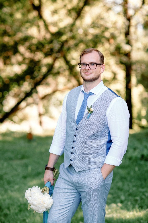 Когда душа с душою говорит: свадьба в яркой голубой палитре