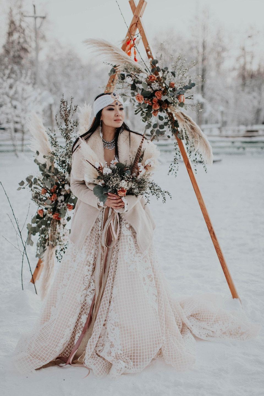 Northern Wed: стилизованная фотосессия в якутском стиле