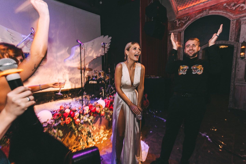Cinéma vérité: свадебная вечеринка в клубе