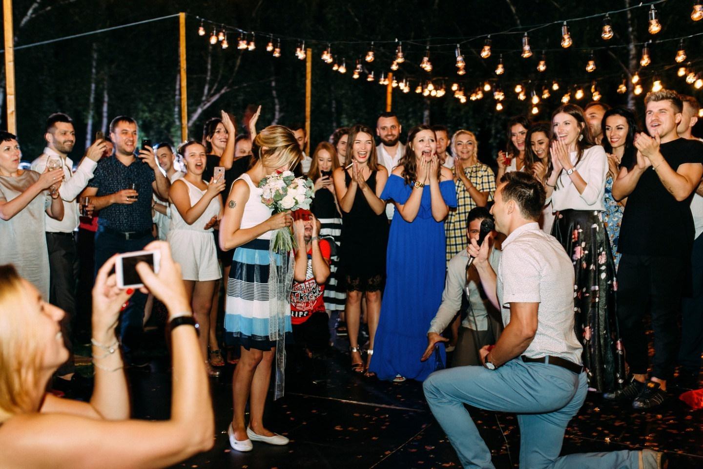 В стиле casual: молодежная свадьба в формате фуршета