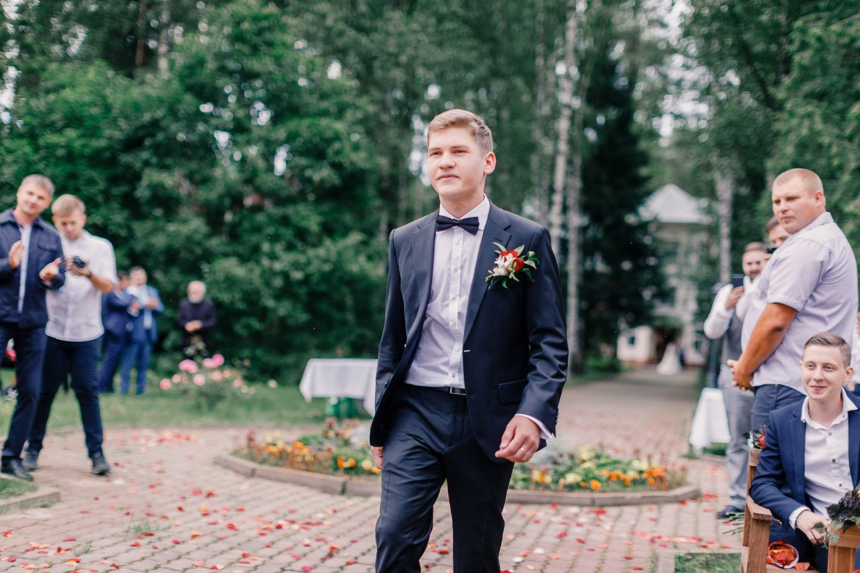 Однажды летом: загородная свадьба в цвете марсала