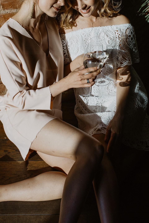 Против правил: свадебная вечеринка в баре