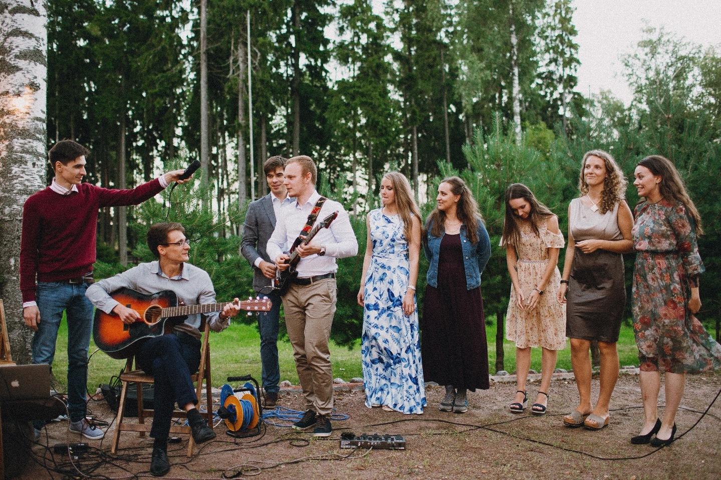 Семейный уют: свадьба на природе