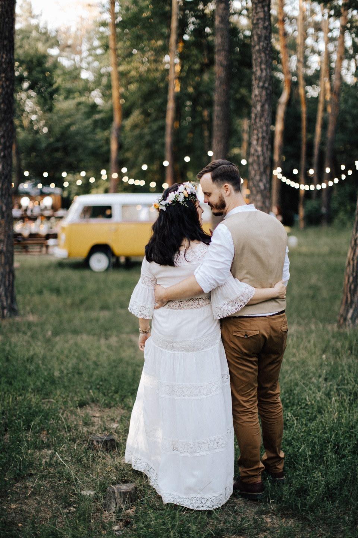 В стиле хиппи: свадьба в лесу