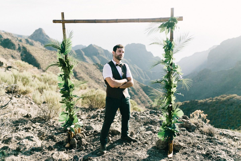 В лучах солнца: стилизованная церемония на о. Тенерифе