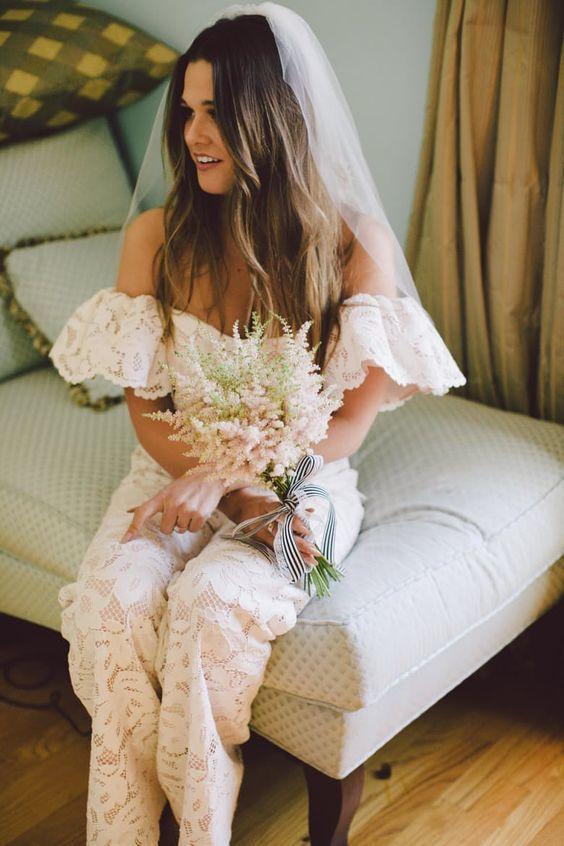 Тренды в образе невесты: брючный костюм