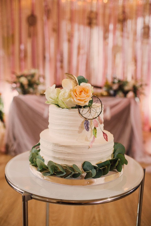 Рустик и бохо: камерная свадьба на природе