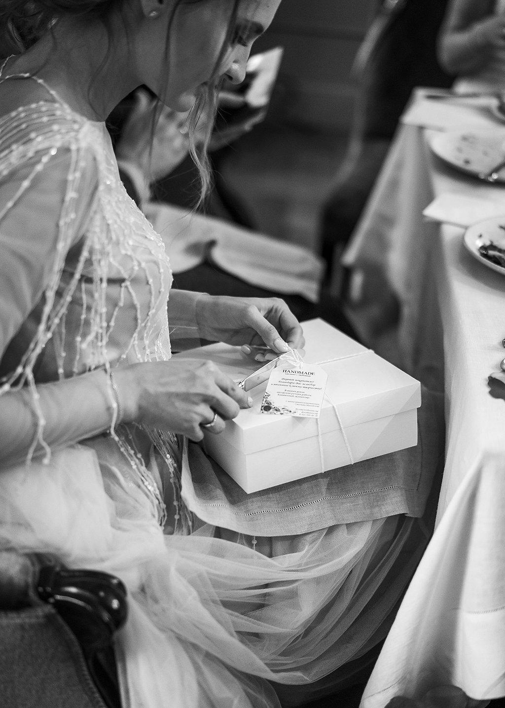 Весенняя легкость: камерная свадьба в ресторане