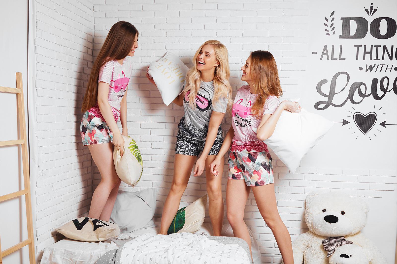 6 эффектных идей для девичника от Vsemayki.ru
