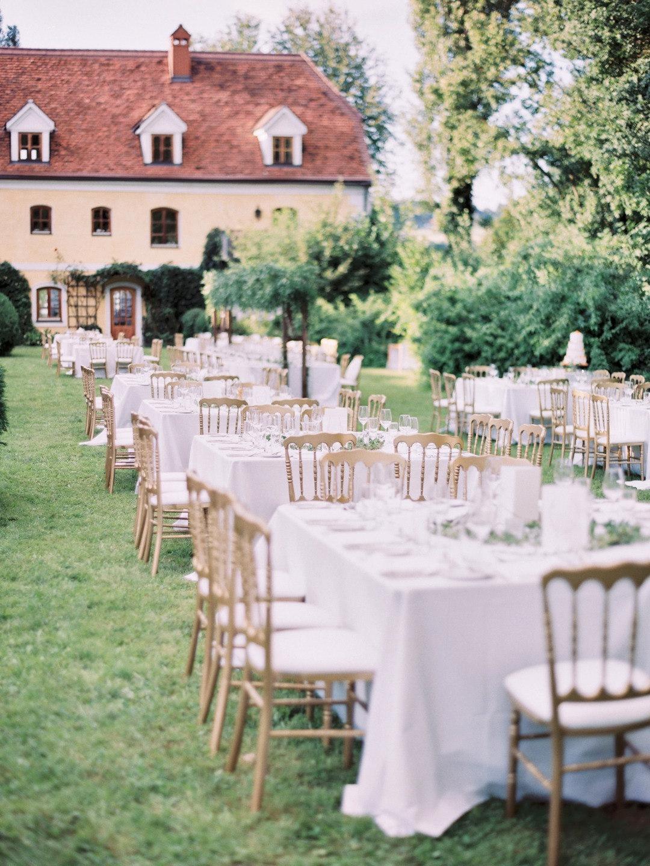 Летняя любовь в Австрии: свадьба в замке