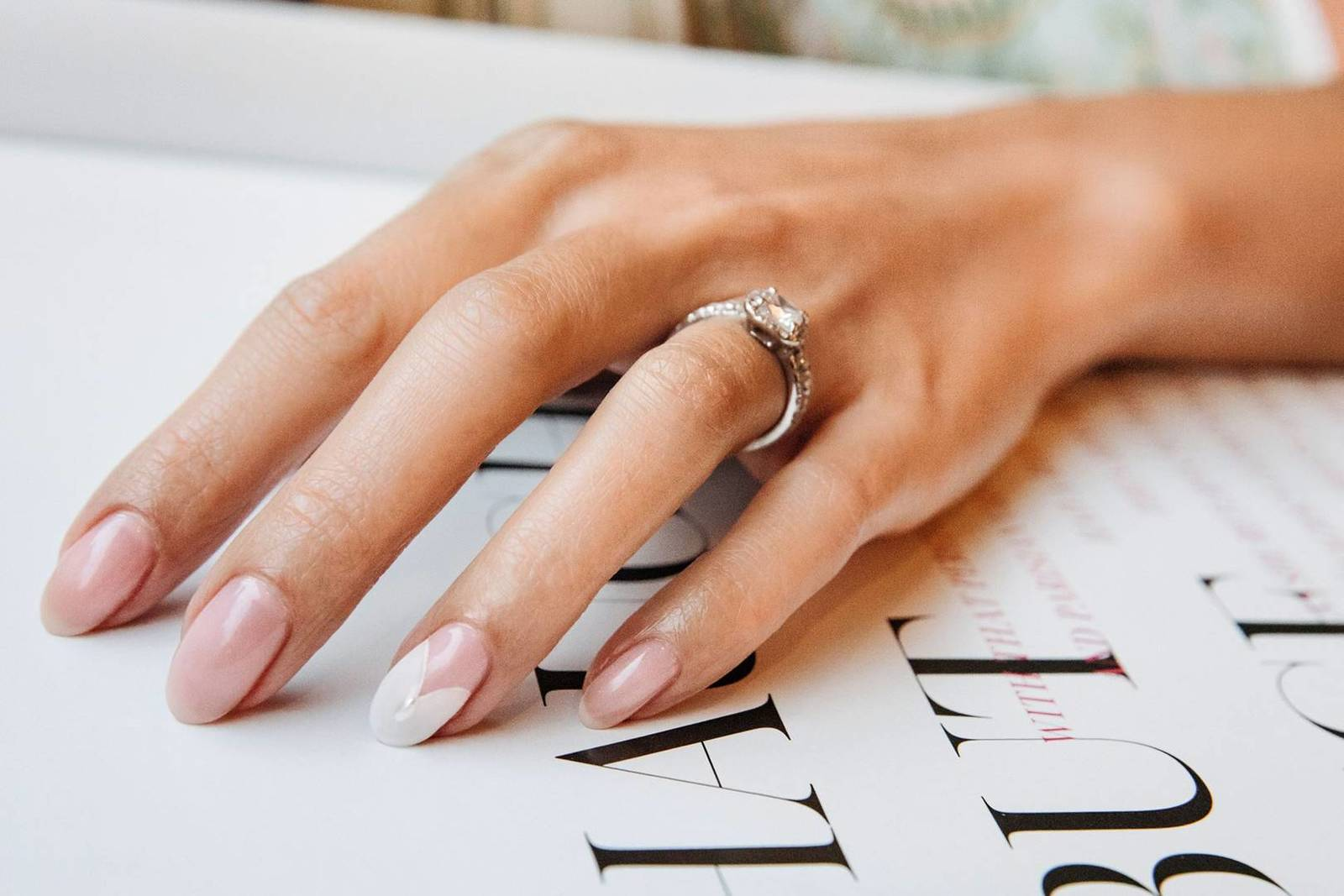Свадебный маникюр: ТОП-40 свежих идей для невесты