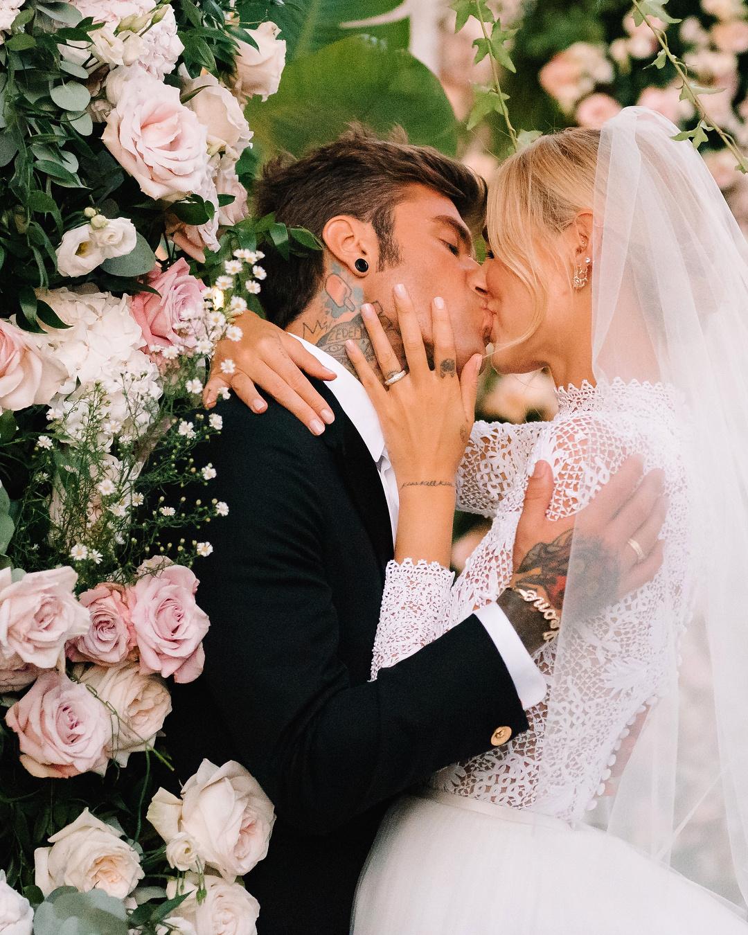 Свадьба Кьяры Ферраньи и Федерико Лючия: детали, идеи, вдохновение