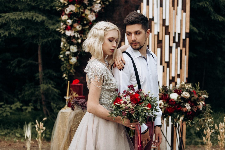 Магия леса: стилизованная фотосессия в годовщину свадьбы