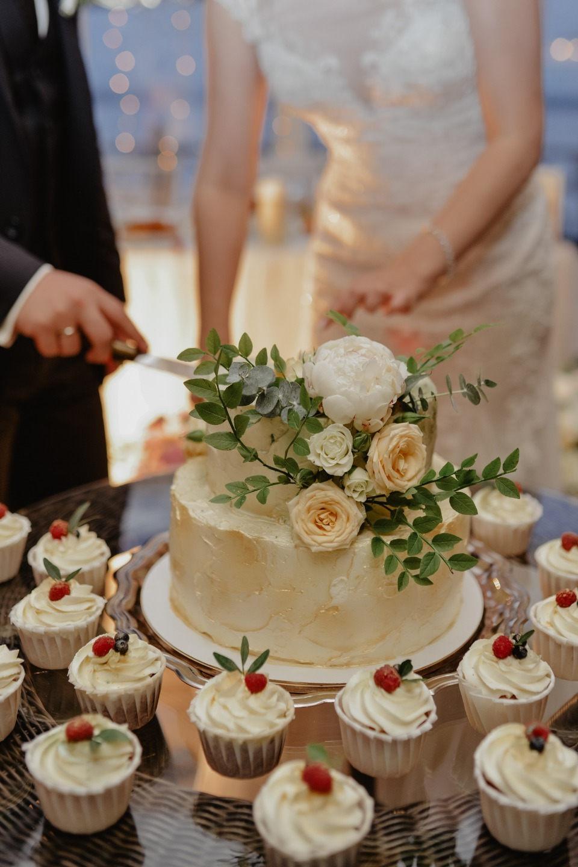 Утонченная классика: свадьба в загородном бутик-отеле