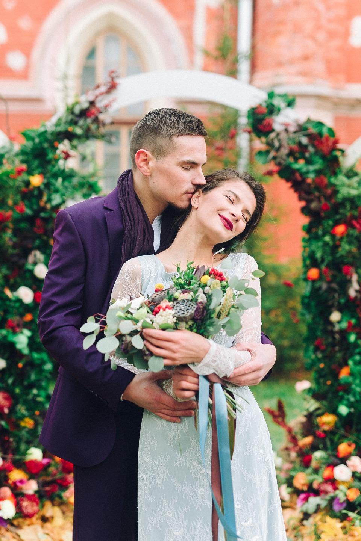 Рябиновая свадьба: фотосессия в палитре осени
