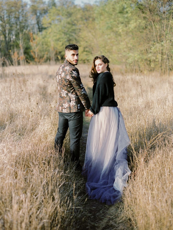 Тепло холодной осени: стилизованная свадьба для двоих
