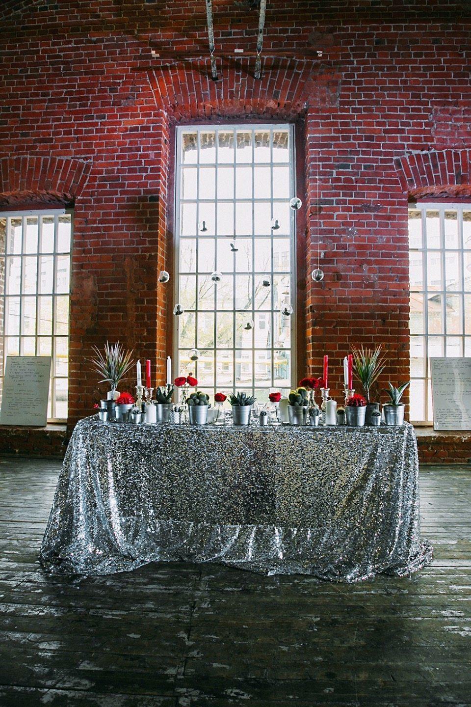 Цвет свадьбы: серебряный