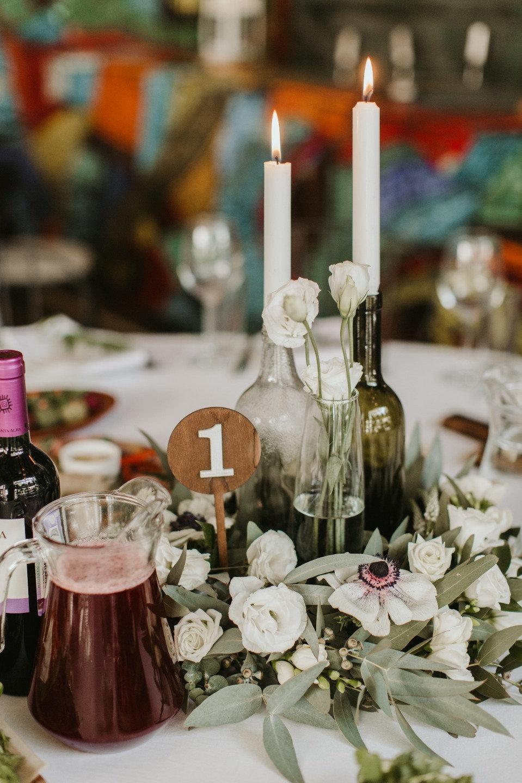 Атмосфера творчества: молодежная свадьба в ресторане