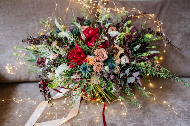 Домик в лесу: уютная бохо-свадьба на природе