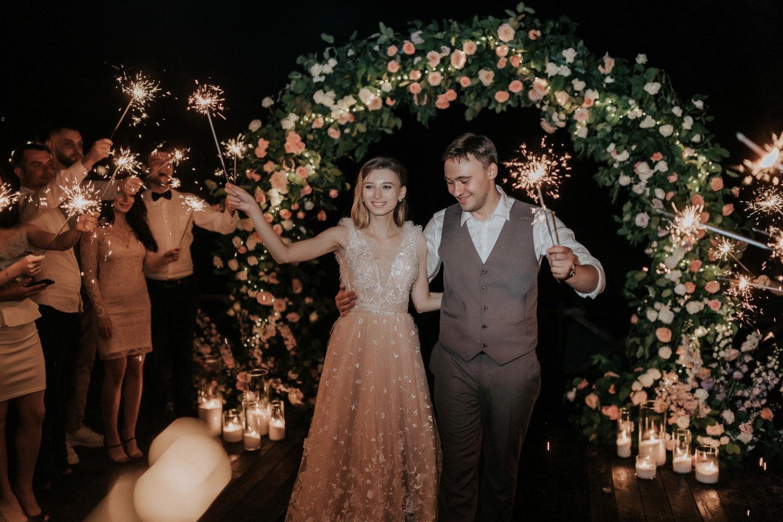 Цветочная нежность: свадьба настоящих романтиков