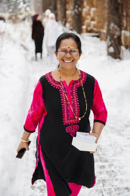 Зимняя сказка в красных тонах: русско-индийская свадьба