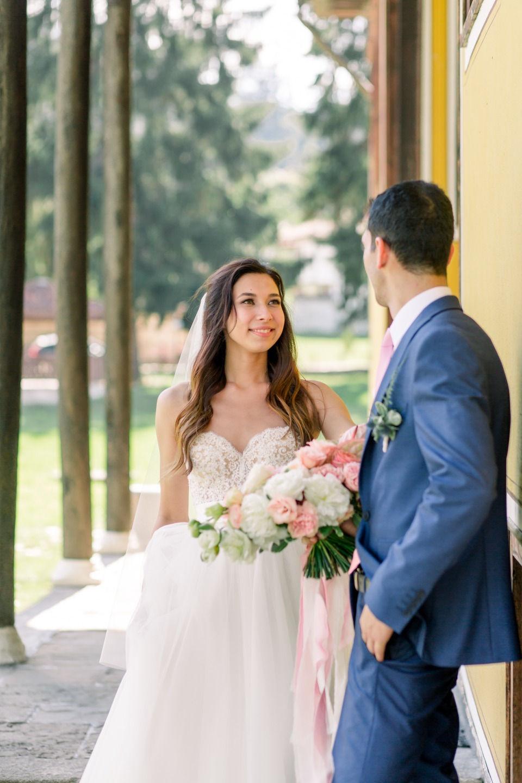 Романтичный эко: свадьба в сосновом лесу
