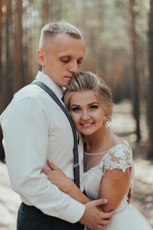 Романтика в розовом цвете: свадьба в формате фуршета