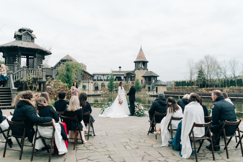 Элегантная осенняя свадьба во французском ресторане