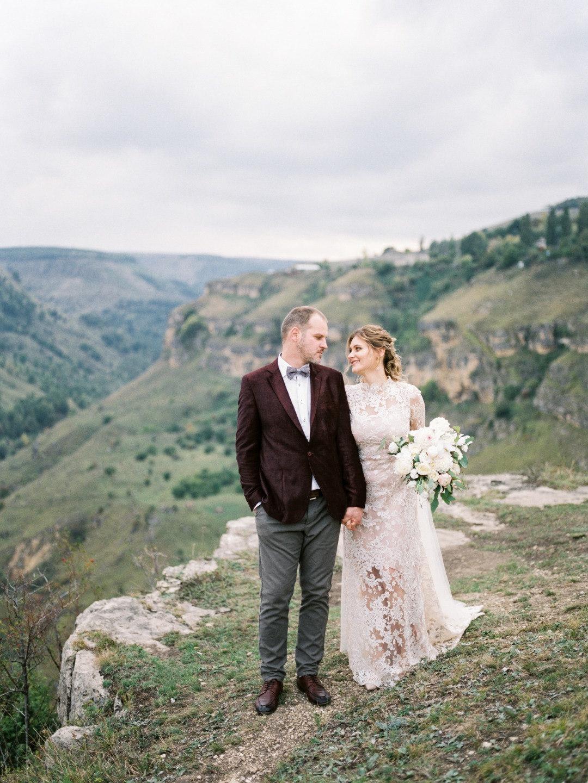 В стиле fine art: церемония в горах