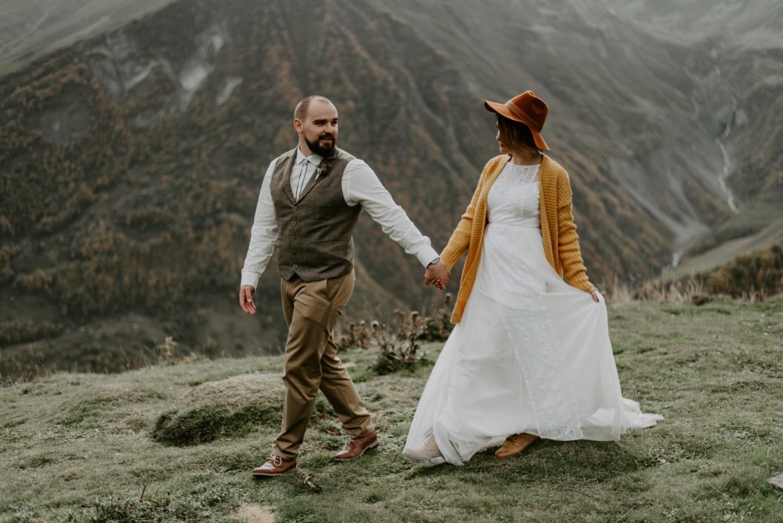 Камерная бохо-свадьба в Казбеги