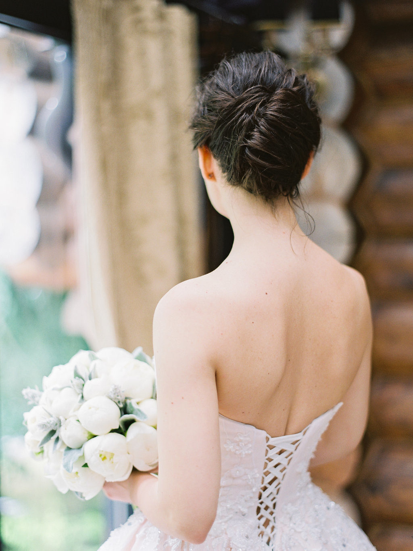 Нежная классика: свадьба в небесно-голубой палитре