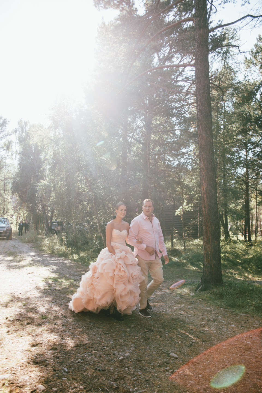 Till the End: урбан и тропики на молодежной свадьбе
