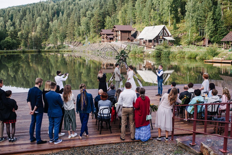 Чистая природа и ясные мысли: эко-свадьба на природе