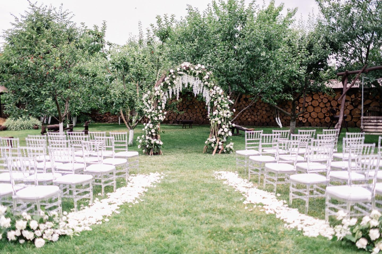 Самое нежное лето: свадьба в шатре