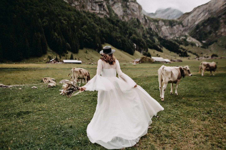 Богемная свадьба для двоих в горах Швейцарии