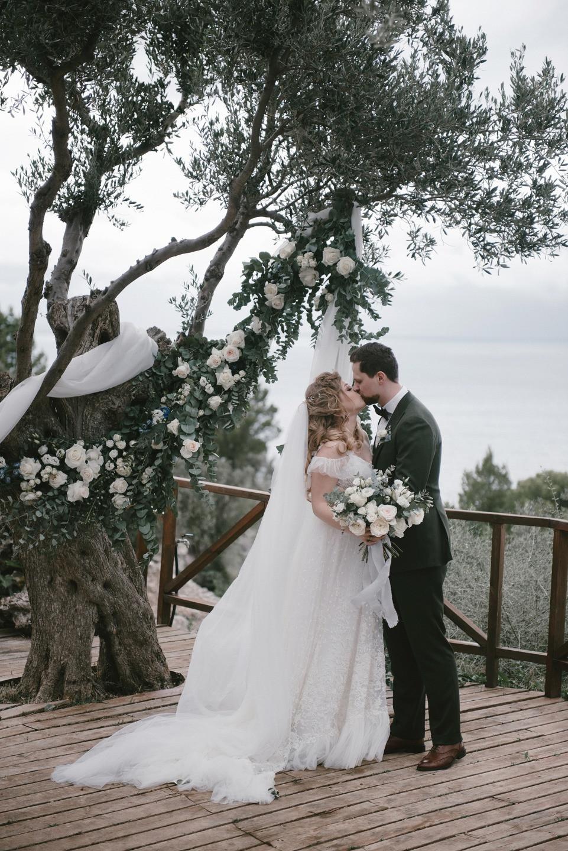 Горы, море, ураган: свадьба на острове Майорка