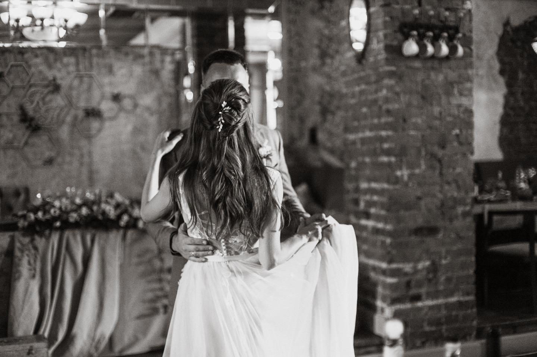 Вдохновение в стиле шебби-шик: свадьба в кафе