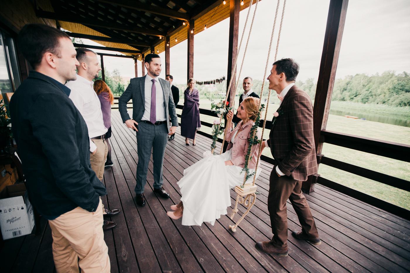 Свадьба за городом в формате семейного ужина