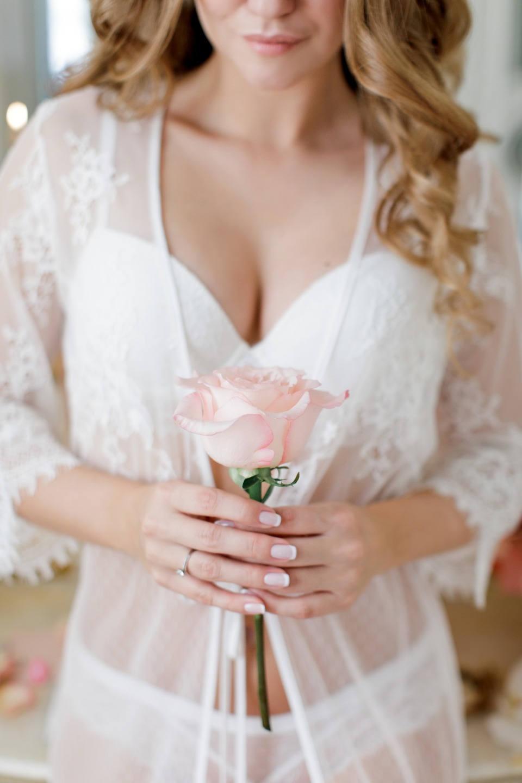 Романтика в сердце Москвы: свадьба в розовом цвете