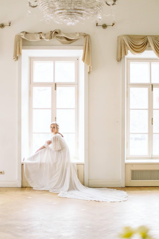 Spring melody with vintage mood — Наталья и Сергей
