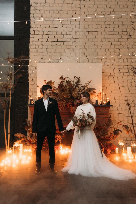 В мерцании свечей: свадьба в лофте
