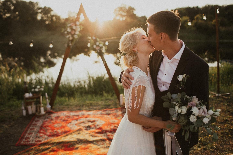 40f5061f084c46b Чем развлечь гостей: классные идеи с реальных свадеб - Weddywood