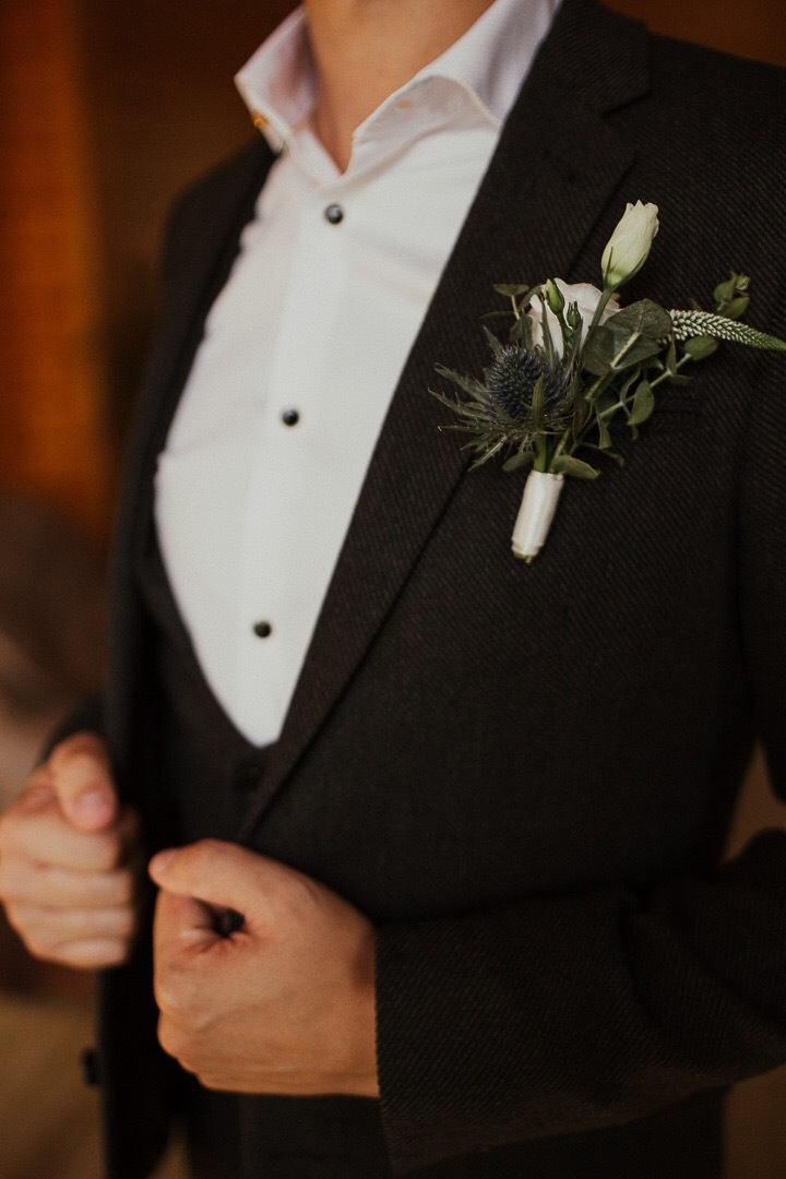 Уют, рустик и немного бохо: фуршетная свадьба на природе